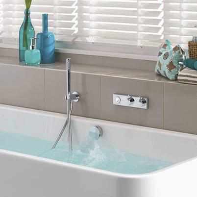 Aqualisa HiQu Digital Bath Valve Kit 11 With Bath Filler & Shower Kit (HP, Combi).