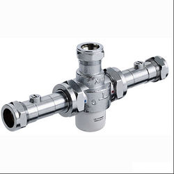 Bristan Commercial Thermostatic Blending Valve With Isolation TMV3 (22mm)