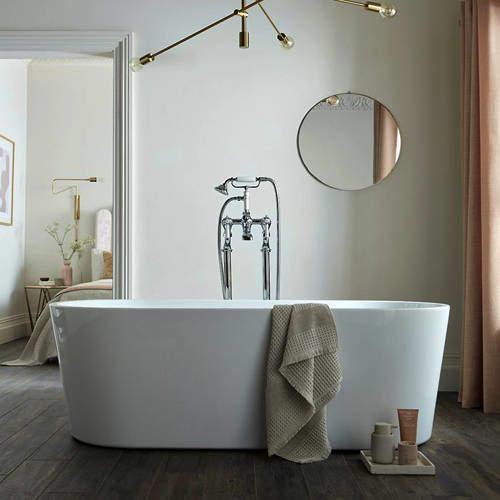 BC Designs Viado Bath 1680mm (Gloss White).