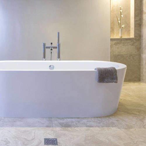BC Designs Plazia Bath 1780mm (White).