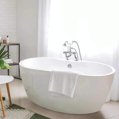 BC Designs Tamorina Petite Bath 1400mm (Gloss White).