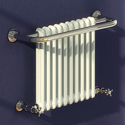 Reina Radiators Camden Traditional Towel Radiator (Chrome). 625x493mm.