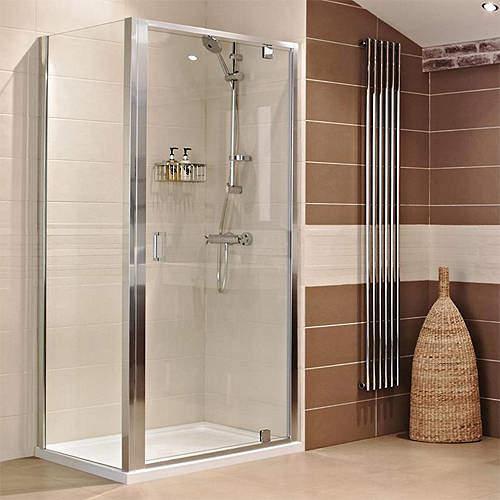 Roman Lumin8 Shower Enclosure With Pivot Door (800x760mm).