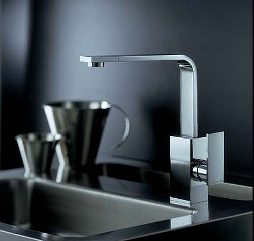 media slimline single lever kitchen tap (chrome). abode ab-mdch
