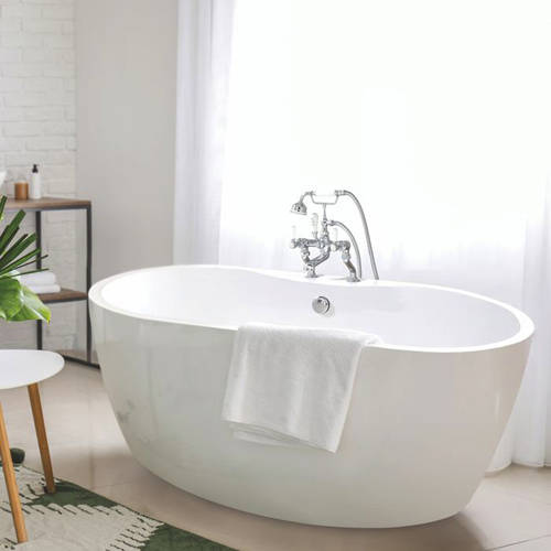 Additional image for Tamorina Petite Bath 1400mm (Gloss White).