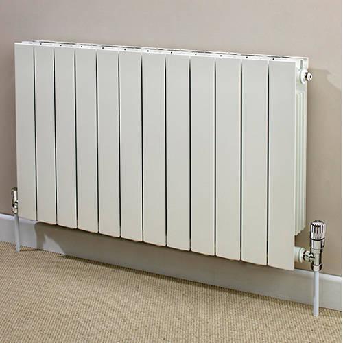 Additional image for Horizontal Aluminium Radiator & Brackets 590x820 (White).