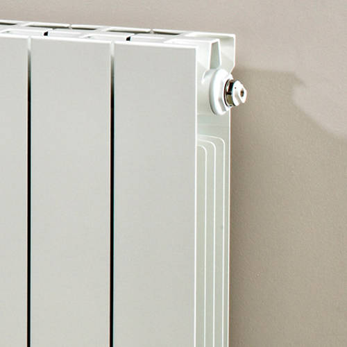 Additional image for Horizontal Aluminium Radiator & Brackets 690x660 (White).