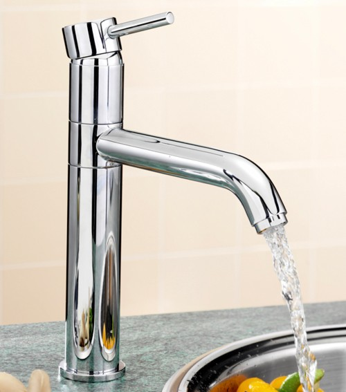 Additional image for Milan Kitchen Tap (Chrome).
