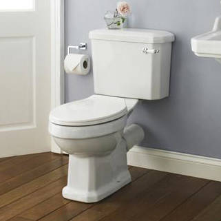 Additional image for Close Coupled Traditional Toilet With Cistern & Seat.